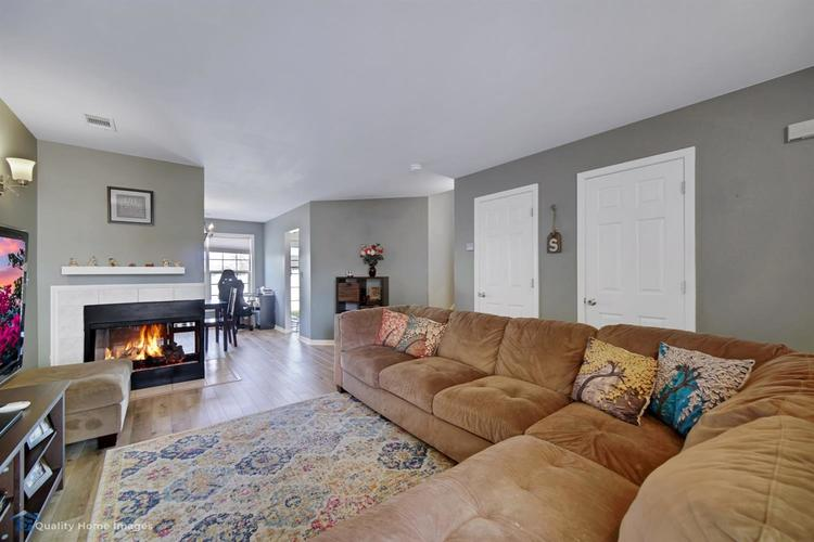 316 Sweetbriar Court Lowell IN 46356 | MLS 474476 | photo 3
