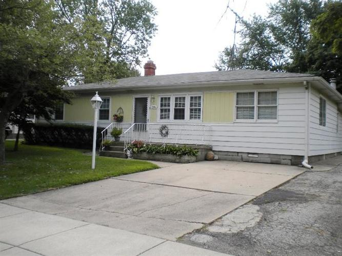 1501 W 61st Place Merrillville IN 46410   MLS 474689   photo 1
