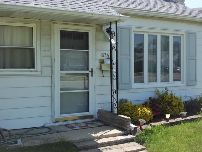 8741 Cottage Grove Avenue Highland IN 46322 | MLS 474694 | photo 3