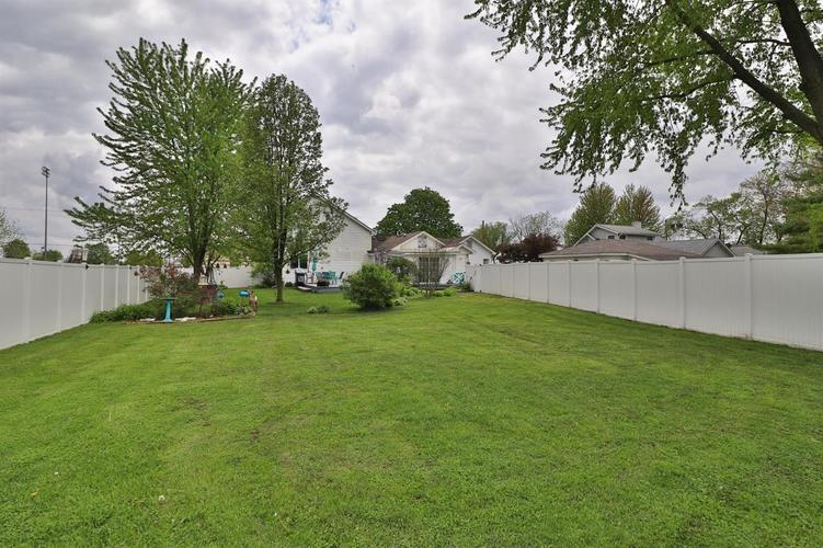 1410 E North Street Crown Point IN 46307 | MLS 474754 | photo 28