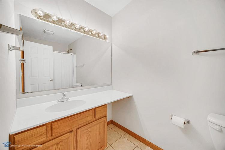 1610 Geranium Circle Valparaiso IN 46383 | MLS 474706 | photo 18