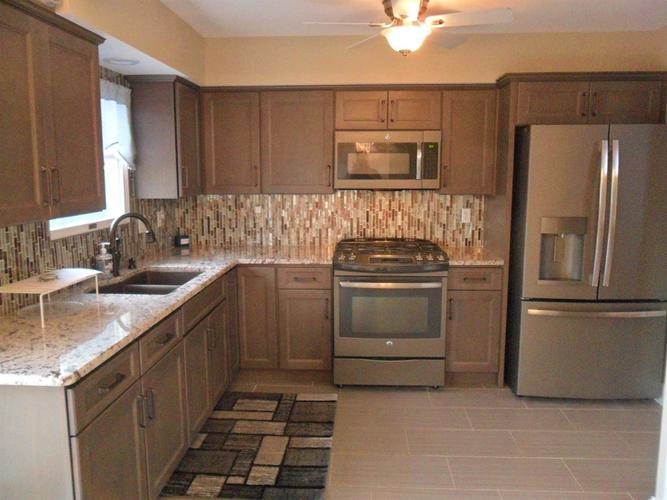 8912 King Place Crown Point IN 46307   MLS 474744   photo 11