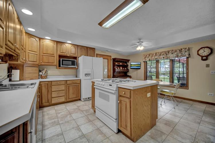6291 S State Road 10 Knox IN 46534 | MLS 474899 | photo 16
