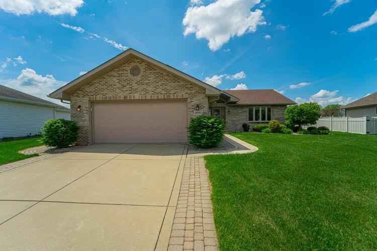 2660 Squire Drive Dyer IN 46311 | MLS 475192 | photo 1