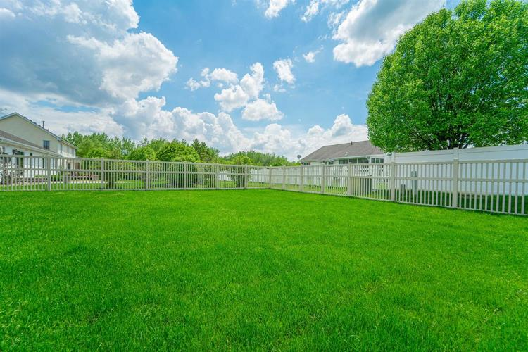2660 Squire Drive Dyer IN 46311 | MLS 475192 | photo 33