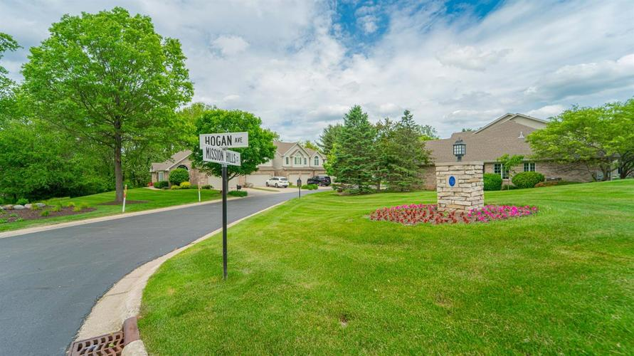 1072 Mission Hills Court Chesterton IN 46304 | MLS 475958 | photo 3