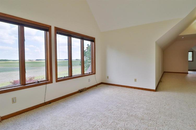 521 N Old St Rd 2 Valparaiso IN 46383 | MLS 476349 | photo 42