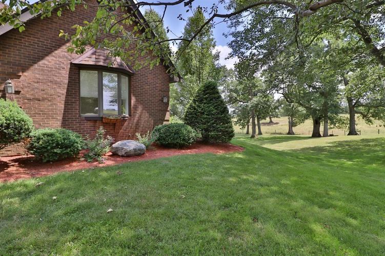 521 N Old St Rd 2 Valparaiso IN 46383 | MLS 476349 | photo 6