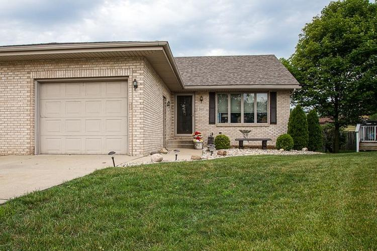 2611 41st Place Highland IN 46322 | MLS 476615 | photo 1
