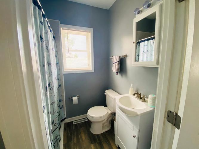 1440 Lake Avenue Whiting IN 46394 | MLS 476568 | photo 10
