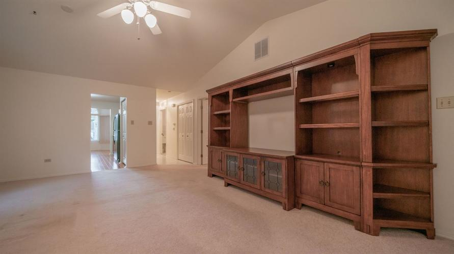 11317 Valley Drive St. John IN 46373 | MLS 476722 | photo 15