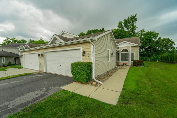 11317 Valley Drive St. John IN 46373 | MLS 476722 | photo 2