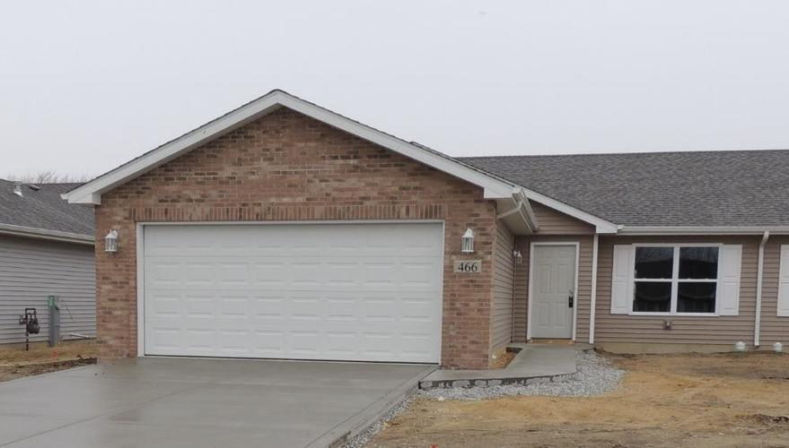 000 Confidential Ave.Merrillville IN 46410 | MLS 476871 | photo 1