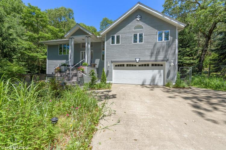7 S Oval Avenue Beverly Shores IN 46301 | MLS 476442 | photo 2