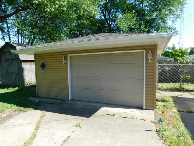 1337 N Indiana Street Griffith IN 46319 | MLS 476451 | photo 14