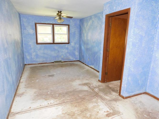 1337 N Indiana Street Griffith IN 46319 | MLS 476451 | photo 8
