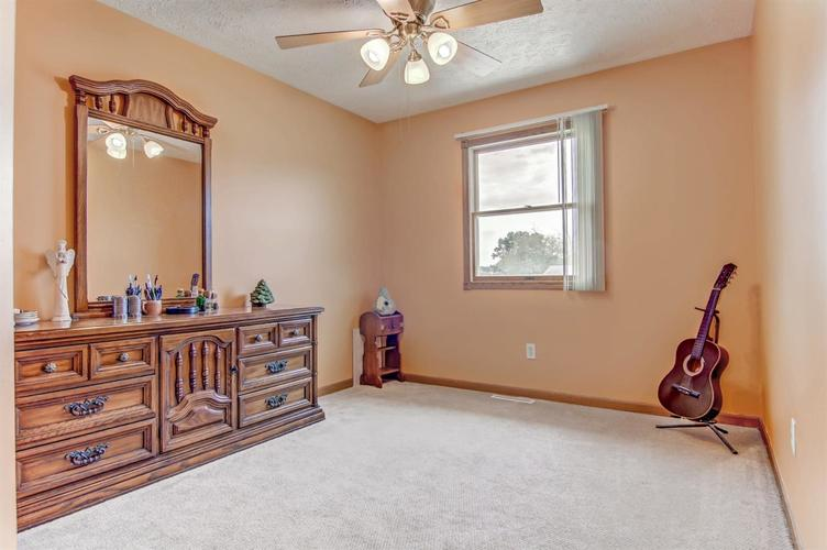 6498 W 86th Avenue Crown Point IN 46307 | MLS 476940 | photo 10