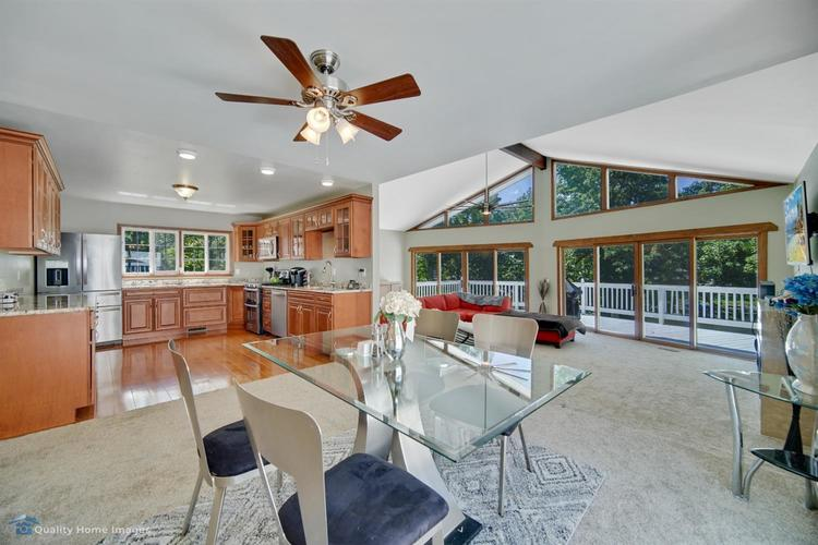 2442 E Lakeshore Drive Crown Point IN 46307 | MLS 476875 | photo 10