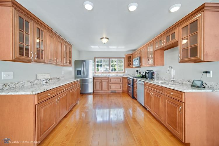 2442 E Lakeshore Drive Crown Point IN 46307 | MLS 476875 | photo 12