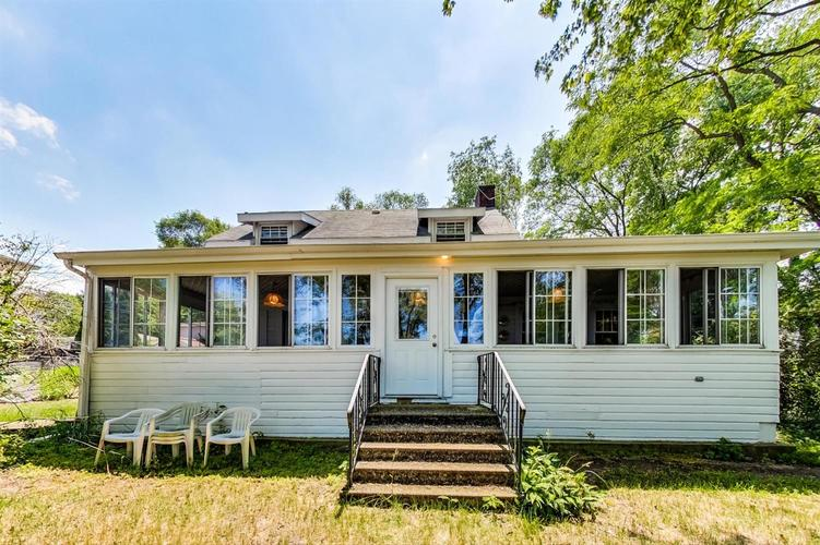 8301 Lake Shore Drive Gary IN 46403 | MLS 477537 | photo 1