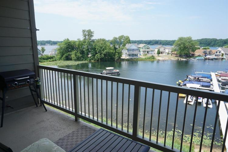 316 Outlook Cove Drive LaPorte IN 46350   MLS 477410   photo 9