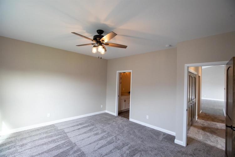 828 Valley View Drive Lowell IN 46356 | MLS 477638 | photo 12