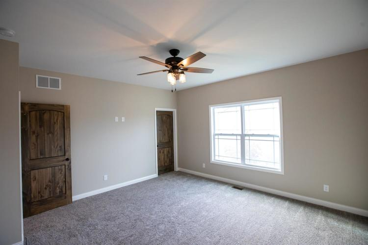 828 Valley View Drive Lowell IN 46356 | MLS 477638 | photo 13