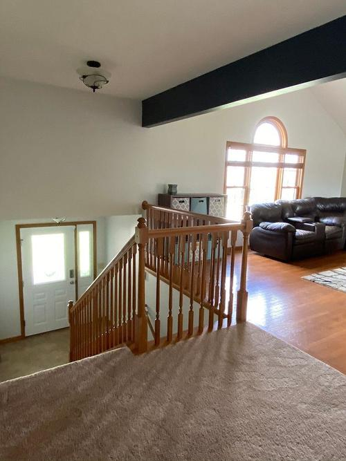827 Valley View Drive Lowell IN 46356 | MLS 478910 | photo 2