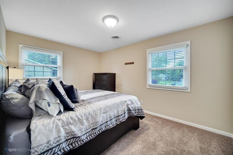 1602 Carriage Drive Valparaiso IN 46383 | MLS 478829 | photo 14
