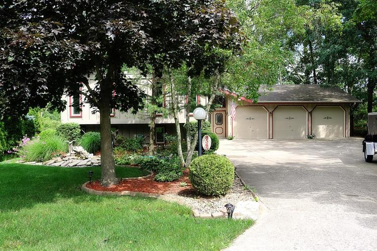8545 Clark Place Crown Point IN 46307 | MLS 478962 | photo 1