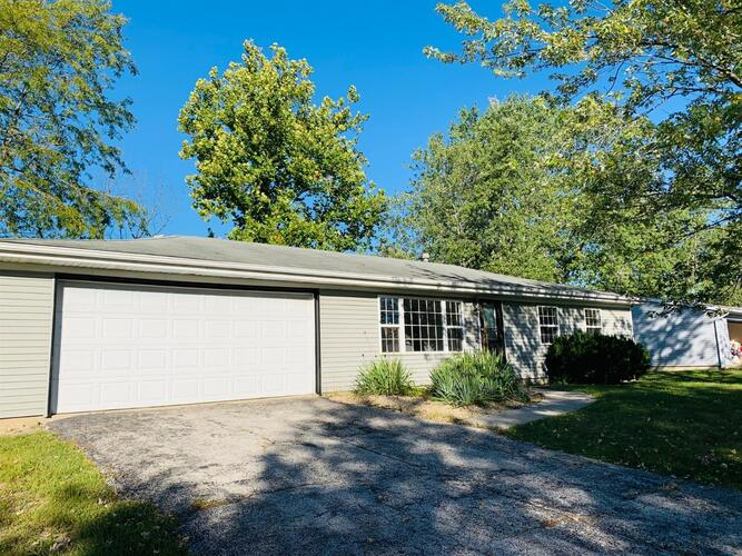 636  Old Forge Road Valparaiso, IN 46385 | MLS 481779