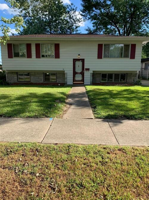 727 E 40th Place Griffith, IN 46319 | MLS 482429