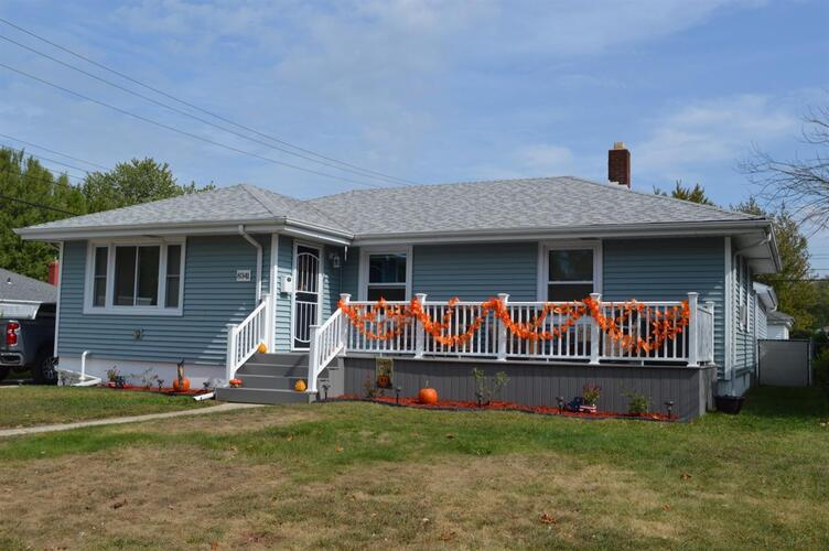 8341  5th Place Highland, IN 46322 | MLS 482461