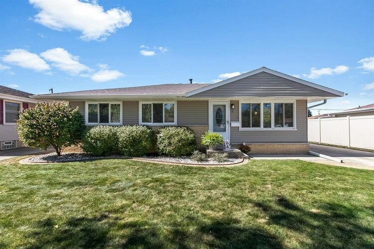 9414  Anthony Place Highland, IN 46322 | MLS 482903