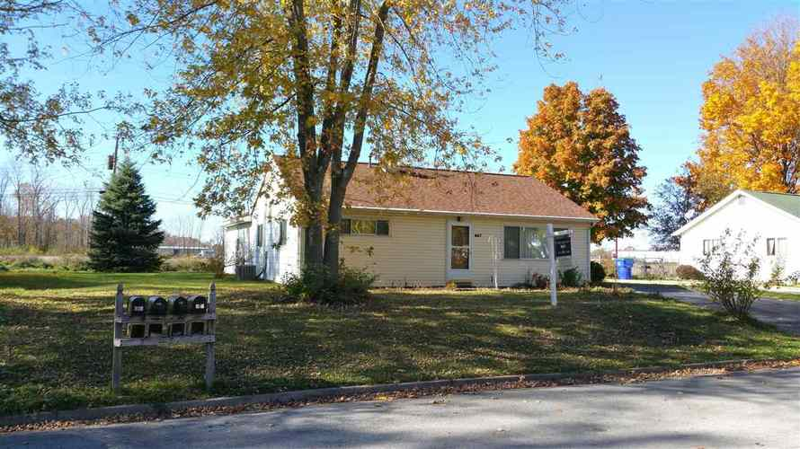 847  Chamberlin Court New Haven, IN 46774-2123 | MLS 201551034