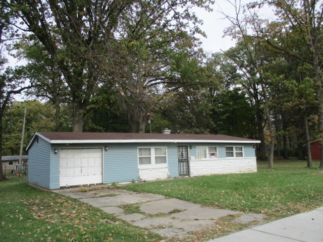 2431  Oxford Street Fort Wayne, IN 46806 | MLS 201652072