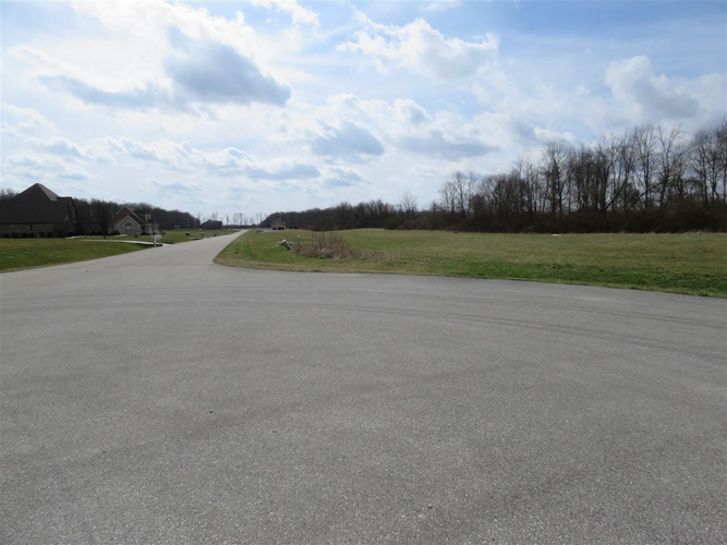 19 Hyland Meadows Drive #19 Knightstown, IN 46148 | MLS 201707894 | photo 2