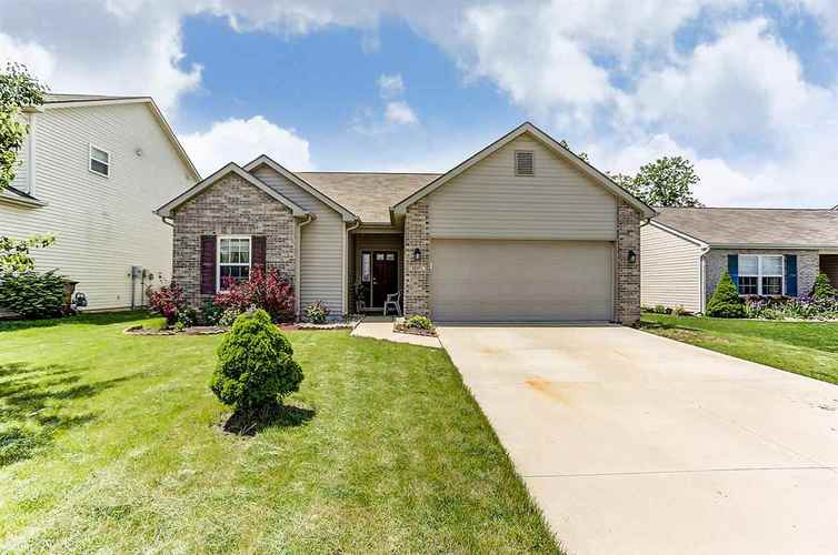12101  Shearwater Run  Fort Wayne, IN 46845-8720 | MLS 201723736