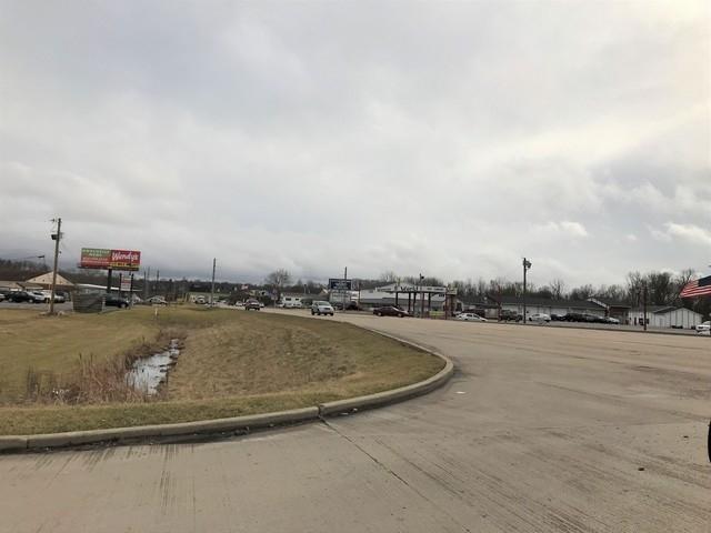 5 N Memorial Drive N New Castle, IN 47362 | MLS 201806749 | photo 3