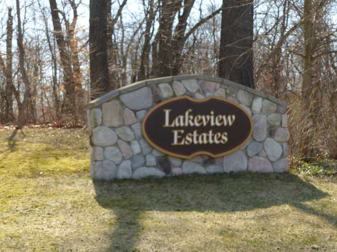 25907 Lakeview Drive #7 South Bend, IN 46619 | MLS 201814098 | photo 2