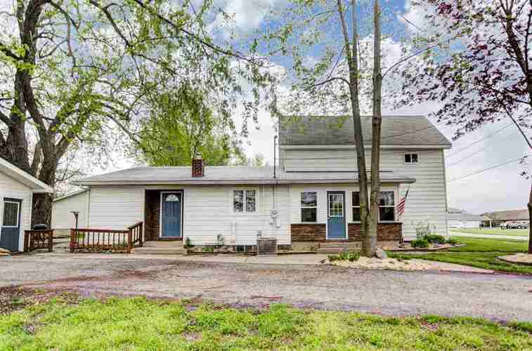 7575 S Woodard Ave.  Hamilton, IN 46742 | MLS 201820068
