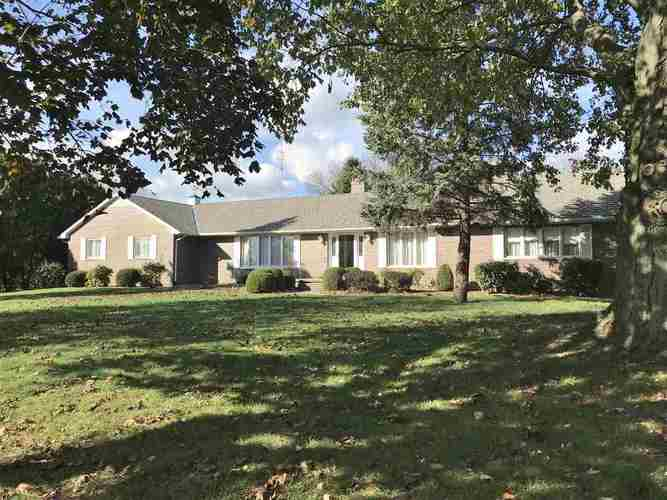 8135 E 750 S  Wolcottville, IN 46795 | MLS 201824992