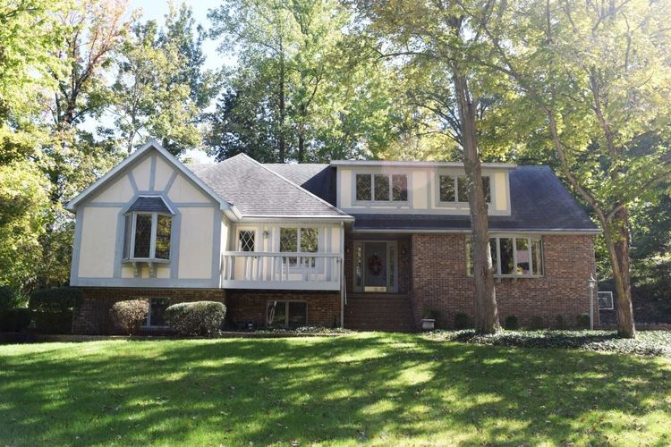 3981  Wood Castle Road Evansville, IN 47711 | MLS 201827560
