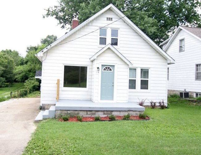 214 S Main Street Huntingburg, IN 47542 | MLS 201827567