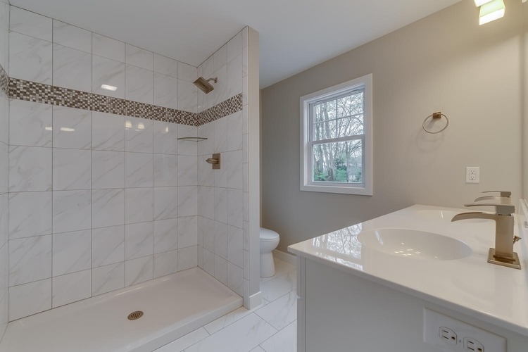 50881 Forest Lake Trail #61 South Bend, IN 46628 | MLS 201827899 | photo 16