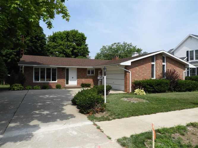 212 N Main St.  Parker City, IN 47368 | MLS 201830730