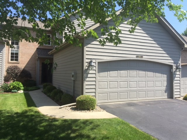 1406  Lake Stream Court Mishawaka, IN 46545-4042 | MLS 201830739
