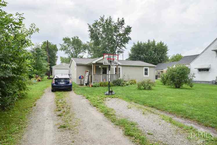 401 W Harvard Avenue Muncie, IN 47303 | MLS 201833924