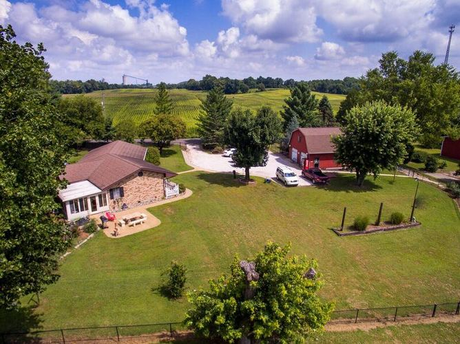 2477 W 50 N Road Princeton, IN 47670 | MLS 201834855