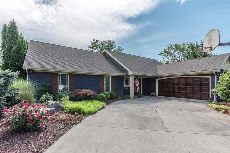 1208  Canterbury Drive Decatur, IN 46733 | MLS 201835140